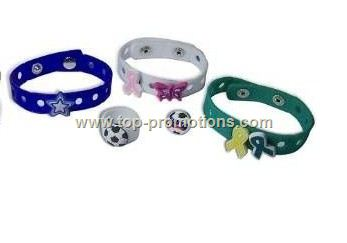3 HOLE SILICONE RING with Knobbee