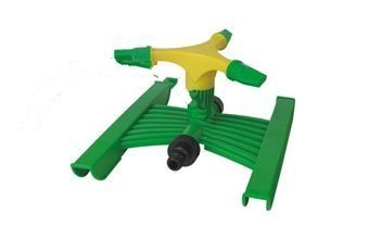 Adjustable 3-arm sprinkler