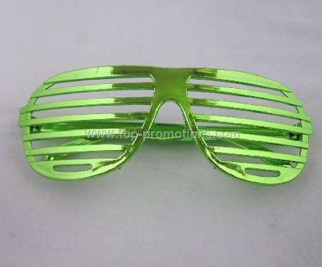shutter shaped party glass
