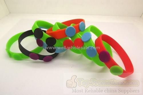 Silicone bracelet with button