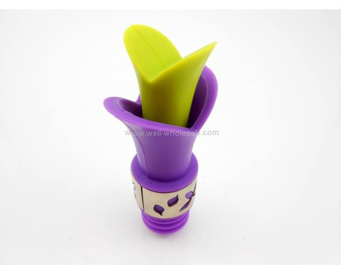 Food grade lily-shaped silicone wine bottle stopper