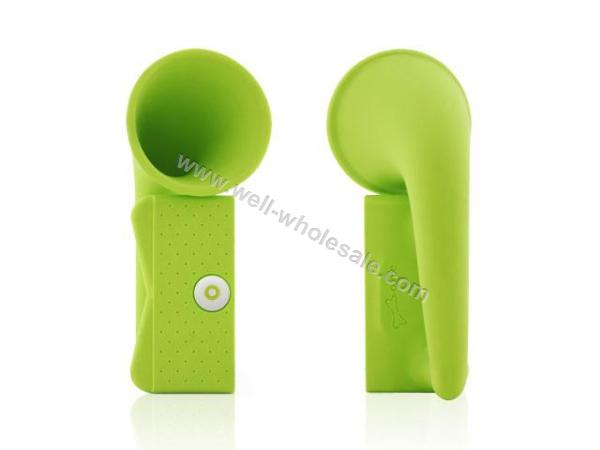 2013 new products silicone iphone speaker